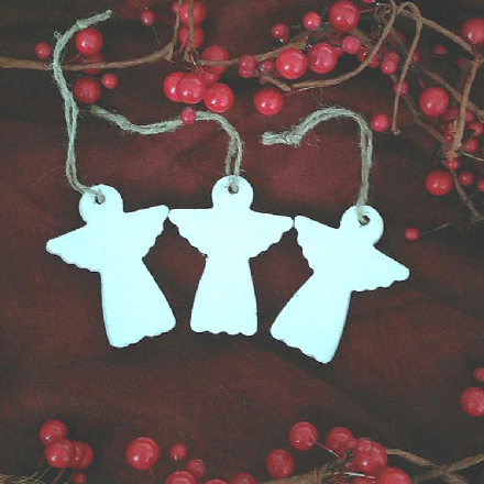 50% OFF White Wooden Hanging Angels